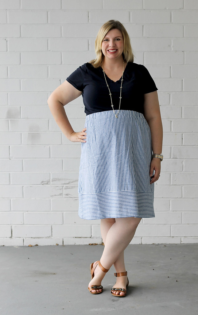 seersucker midi skirt and navy tee 4