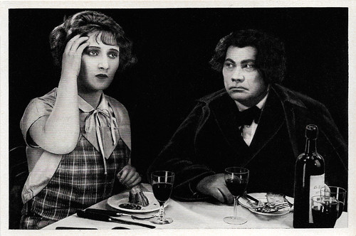 Anita Dorris and Paul Wegener in Svengali (1927)