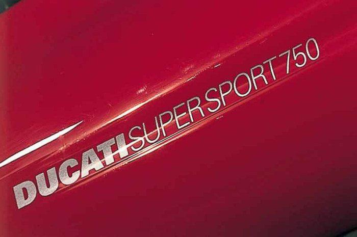 Ducati 750 SS 2001 - 2