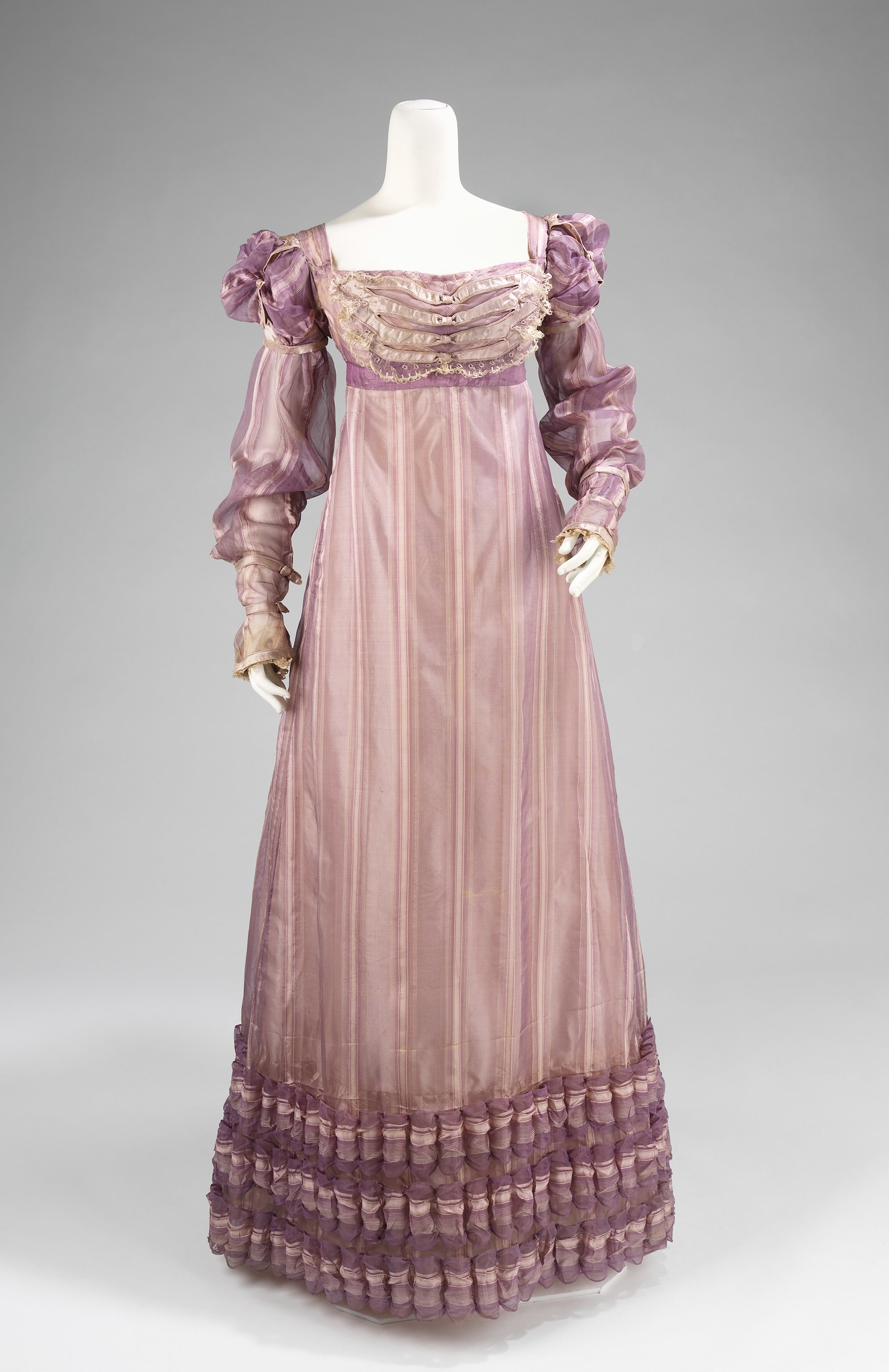 1820 Ball gown. American. Silk. metmuseum
