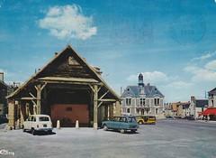 Postcard Vatan (36 - Indre) Place de la République Editions CIM - Photo of La Chapelle-Saint-Laurian