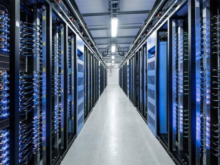 Sức mạnh xử lý của máy tính lượng tử cũng tăng theo cấp số nhân với số lượng tử có thể điều khiển được.