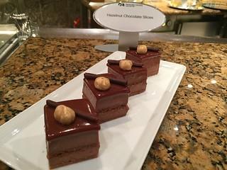 Hazelnut-chocolate-slices