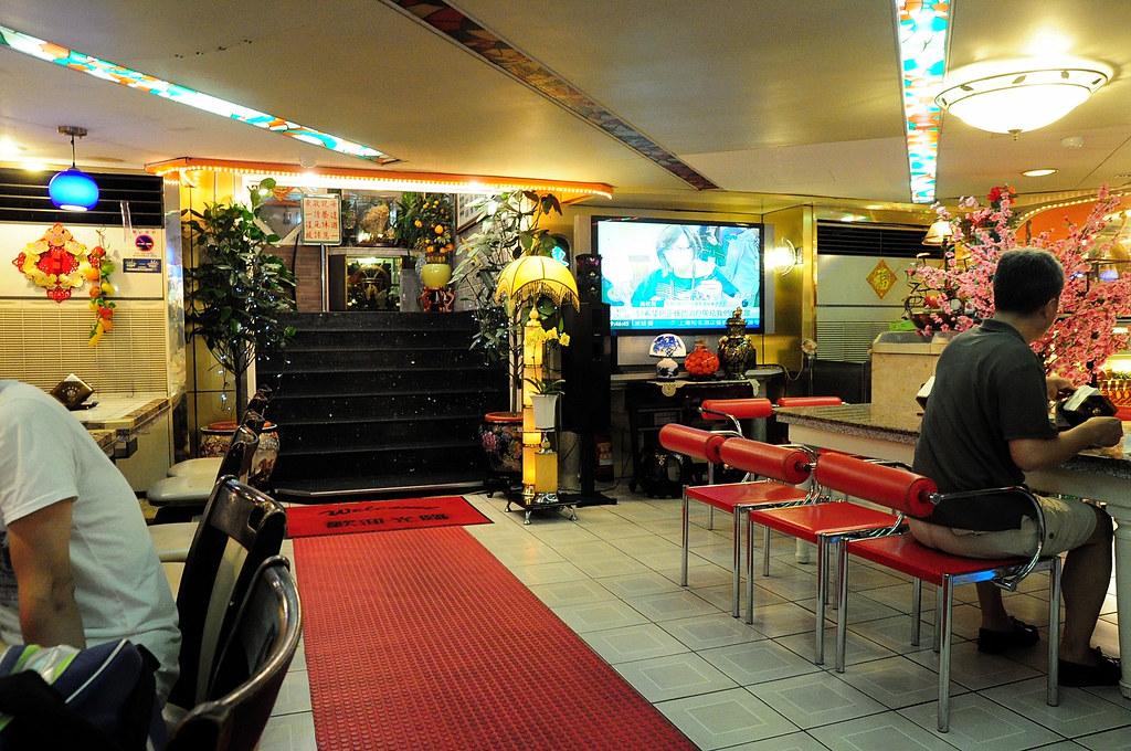 東一排骨店內 2012-06-27