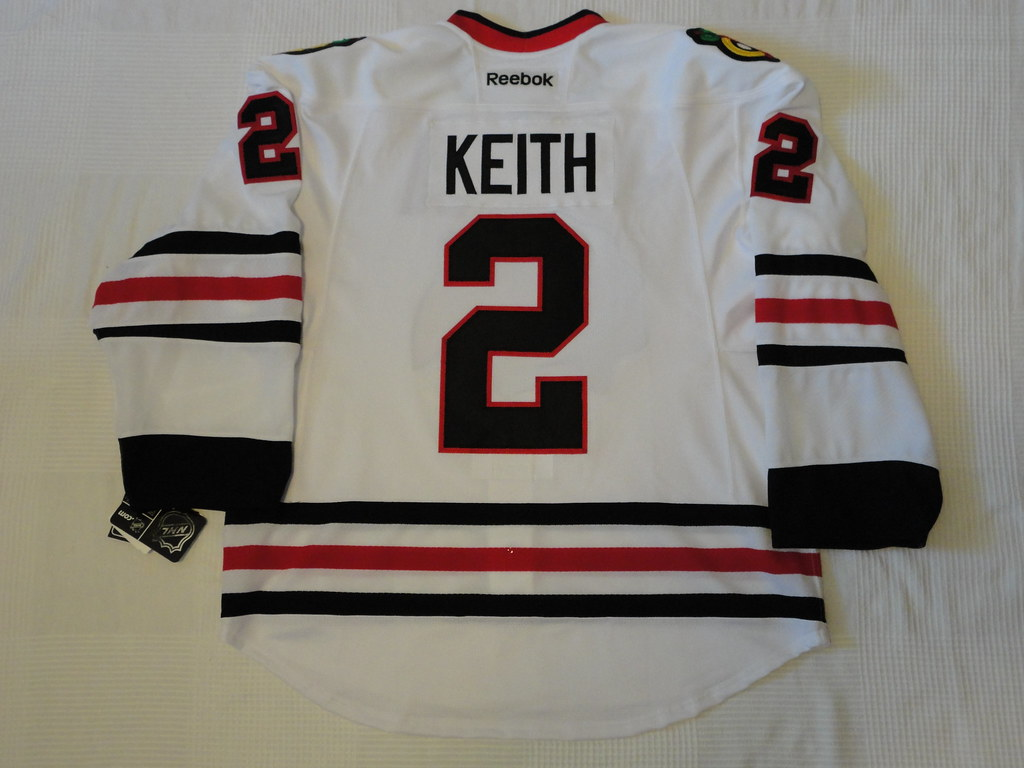 2014-15 Duncan Keith Chicago Blackhawks Away Jersey Back