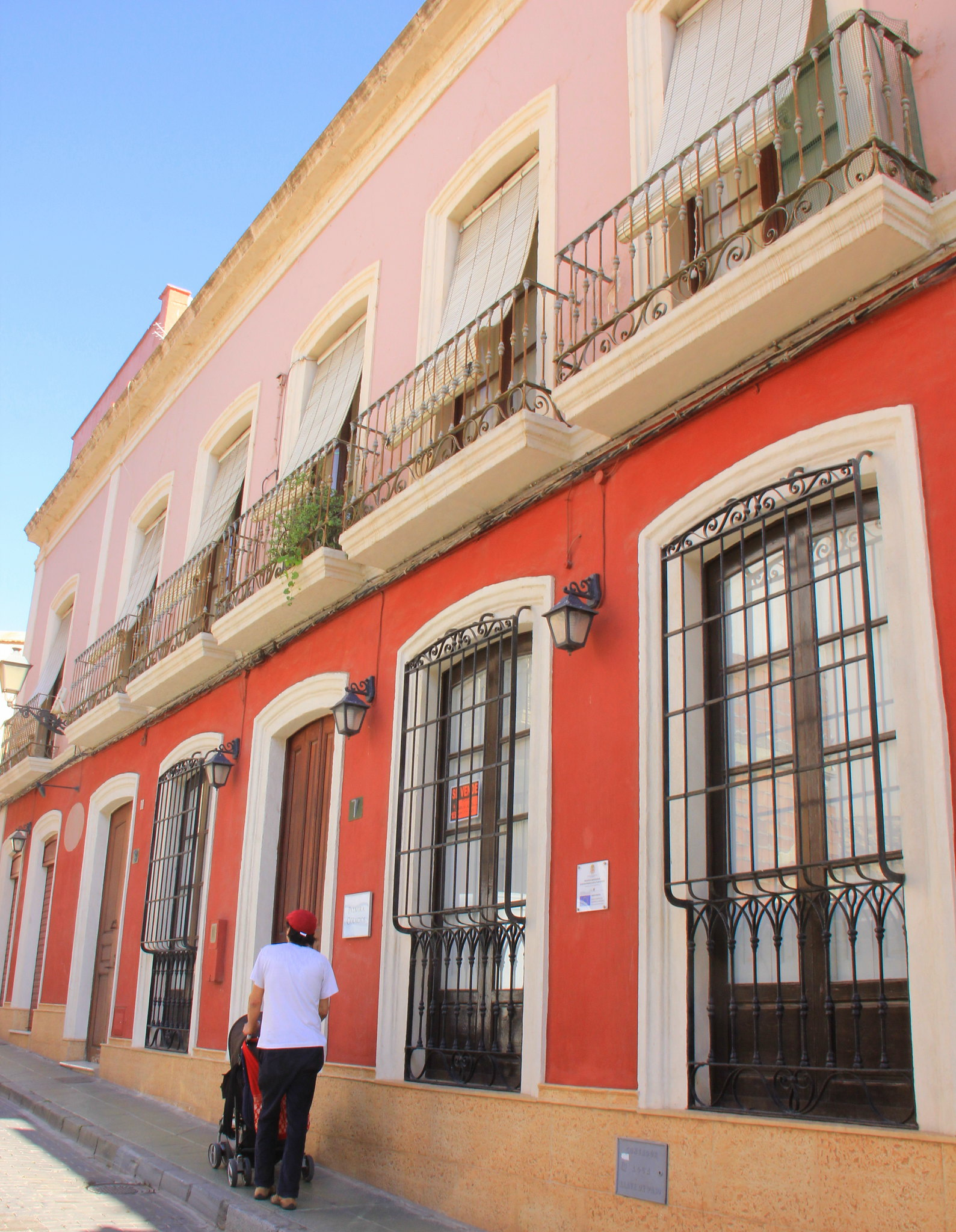 Almeria old town is pleasant to walk around