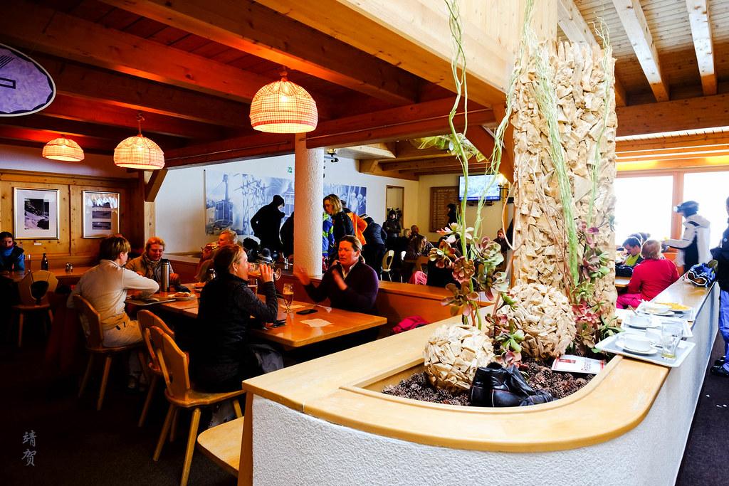 Inside Galzig restaurant