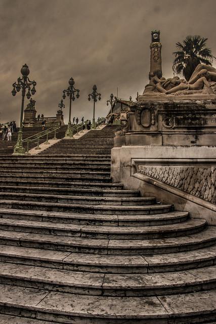 Escalier de la gare Saint-Charles à Marseille