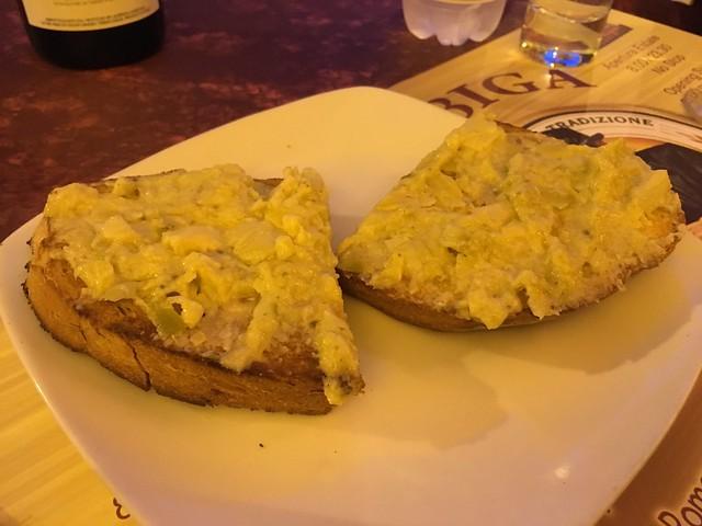 Crema di carciofi bruschette miste - La Biga