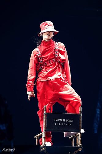 G-Dragon ACT III MOTTE in Seoul 2017-06-10 (101)