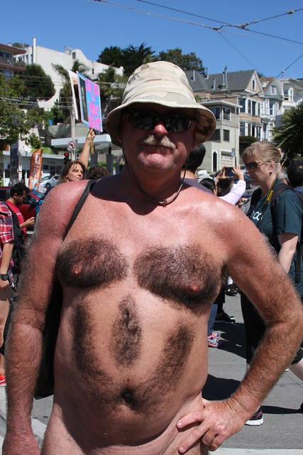 NUDE BEARMAN FUN ! SUMMER OF LOVE ! NUDE PARADE 2017 ! ( safe photo )