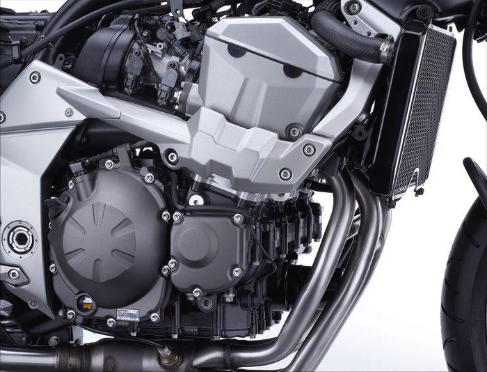 Kawasaki Z 750 2009 - 44