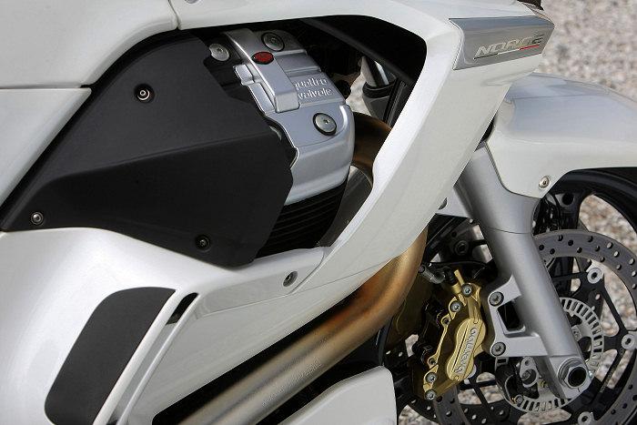 Moto-Guzzi NORGE 1200 GT 8V 2011 - 13