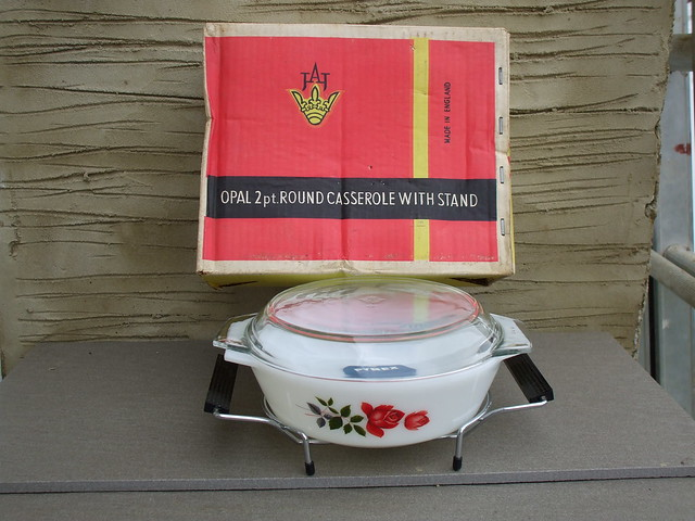 Vintage 1950's JAJ Pyrex June Rose 2pt Round Casserole & Stand Boxed & Unused