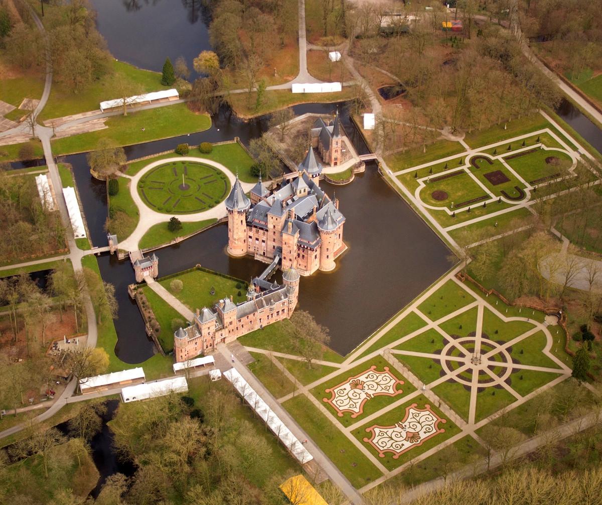 Castle de Haar aerial view. Credit Johan Bakker
