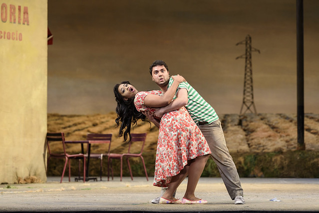 Pretty Yende and Liparit Avetisyan in L'elisir d'Amore (C) 2017 ROH. Photograph by Bill Cooper
