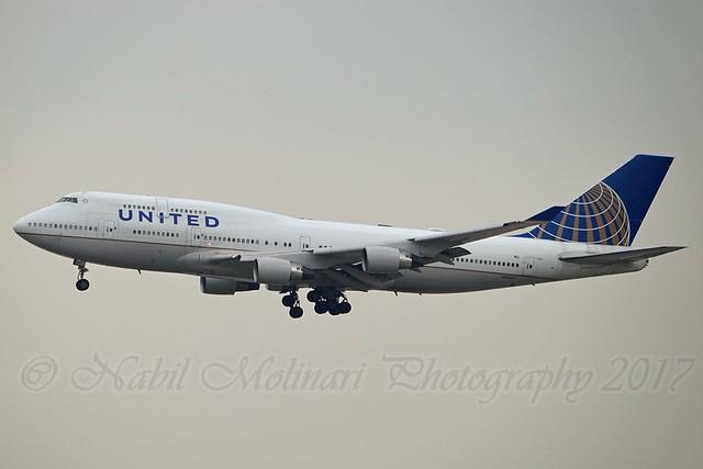 United Airlines N104UA Boeing 747-422 cn/26902-1141