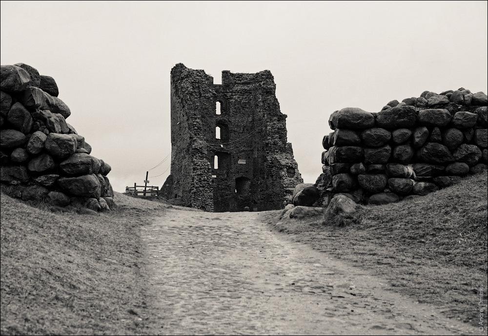 Руины замка Миндовга