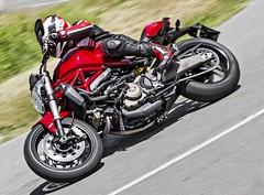 Ducati 821 Monster 2014 - 23