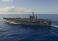 USS Nimitz (CVN 68) transits the Pacific Ocean, June 17, while en route to U.S. 7th Fleet. (U.S. Navy/MC2 Holly L. Herline)