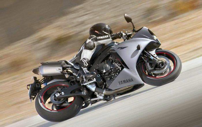 Yamaha YZF-R1 1000 2012 - 6