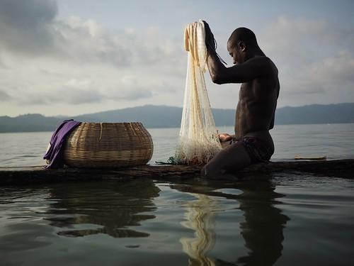 lake lago sacred sagrado gana ghana fisherman pescador water reflection fsuro
