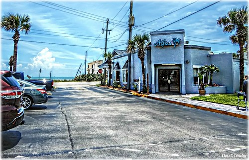 alfies restaurant ormondbytheseaflorida ocean building beachside