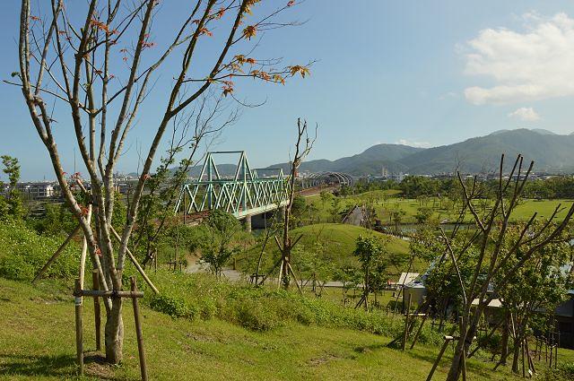 東山河生態綠舟40