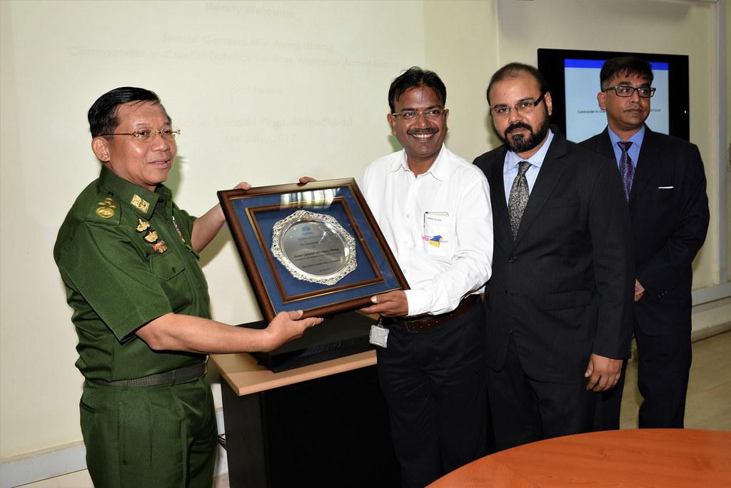Myanmar lead visit to Tata Motors plant_2