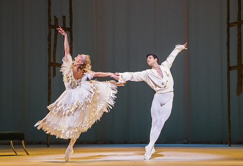 Roberto Bolle and Zenaida Yanowsky in Marguerite and Armand. 632bccebfaa5
