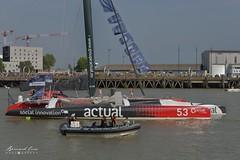 Le trimaran géant Actual à Nantes :copyright: Bernard Grua