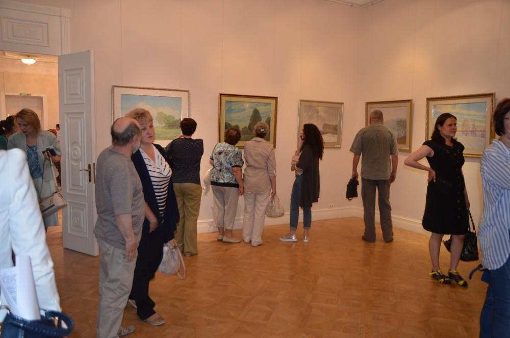 27 июня 2017 года в Губернаторском доме состоялось торжественное открытие выставки Геннадия Салькова Мой дом везде, где есть небесный свод