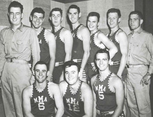 12 1952
