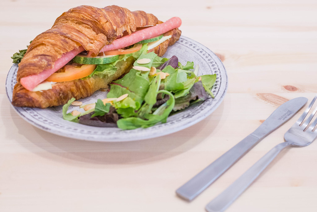 Hygge_Cafe_Chicken_Ham_Sandwich
