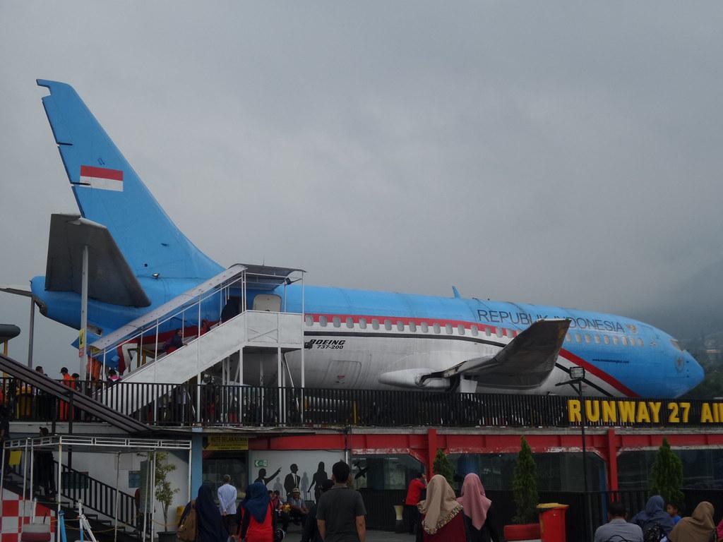 Boeing 737-200 Museum Angkut