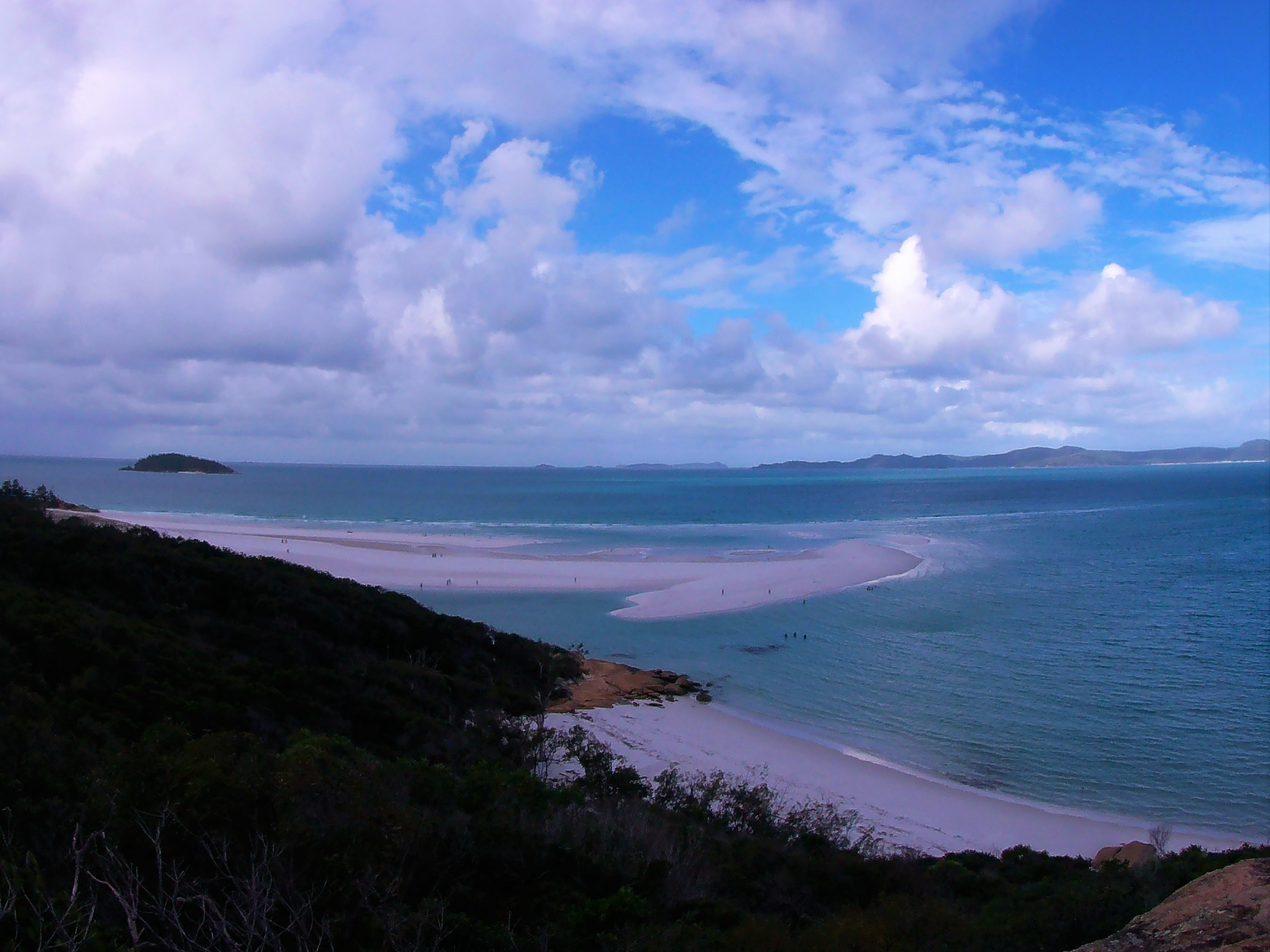Hill_Inlet_Bushwalk_2