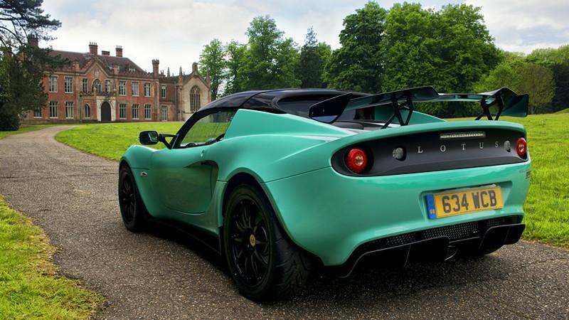 Lotus Elise Cup 250 00002