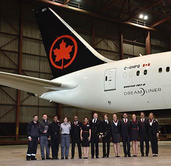 Air Canada nuevos uniformes (Air Canada)