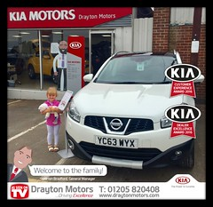 Lilly picking up for her mummy's Miss Gemma Houghton's Nissan Qashqai from Richard.  We at Drayton Motors would like to thank Lilly & Gemma for their purchase and to welcome them to our family