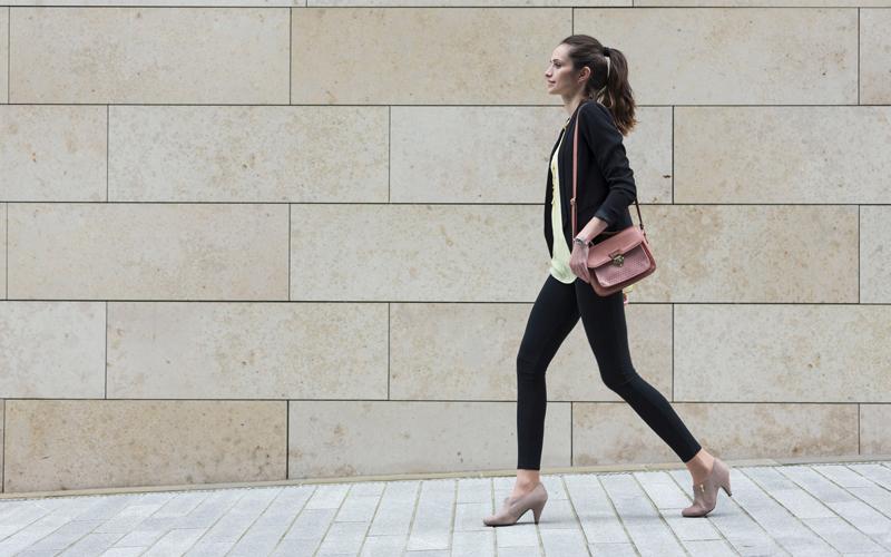 BODY雜誌 女人 上班族 走路
