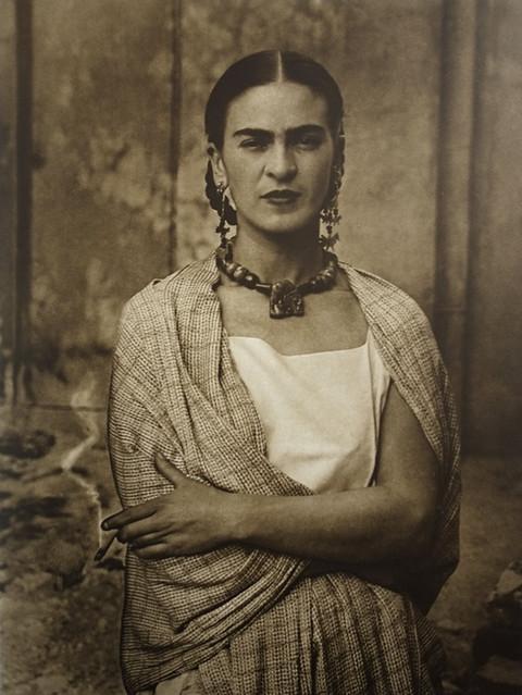 Frida_Kahlo,_by_Guillermo_Kahlo_3