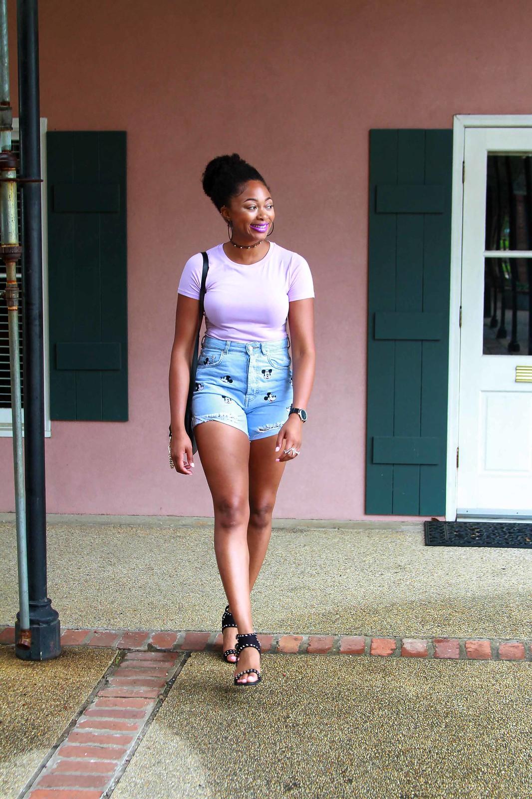 Louisiana street style, Mickey Mouse denim shorts
