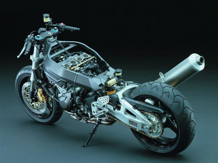 Honda CBR 900 RR FIREBLADE 2003 - 31