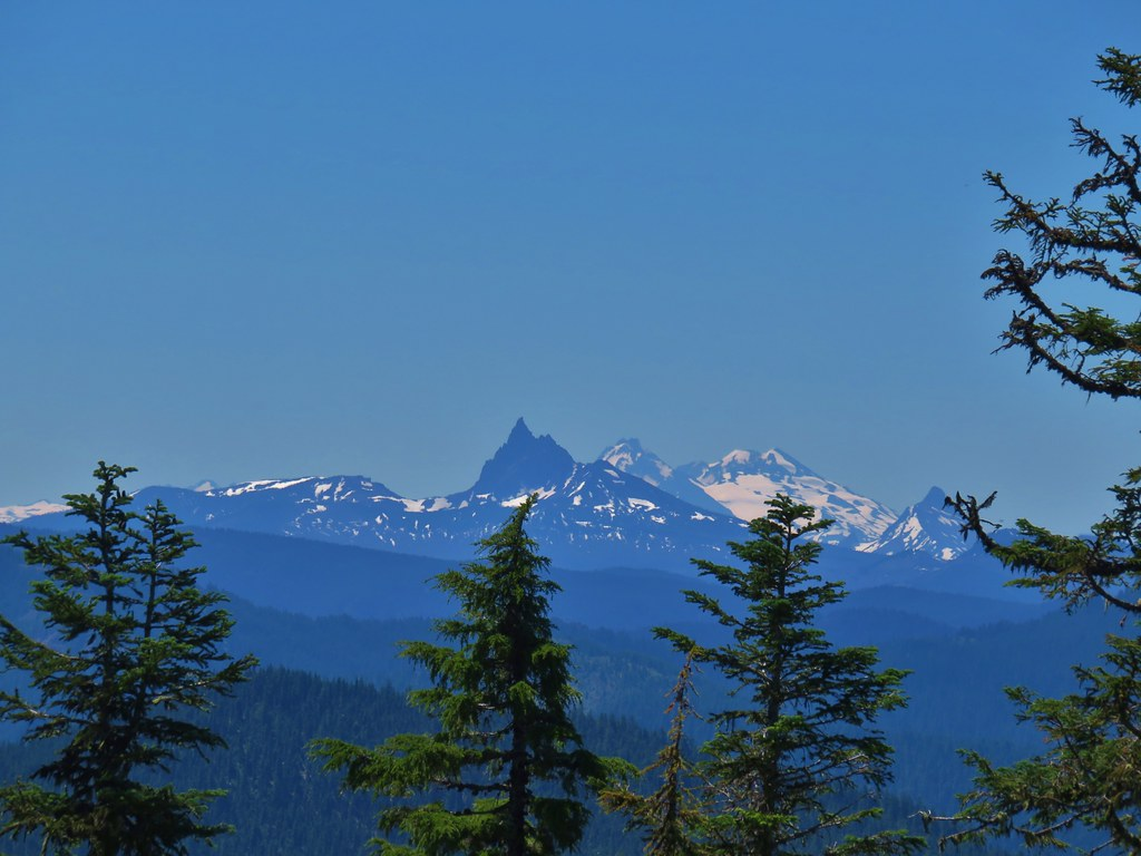 Three Fingered Jack, The Three Sisters, an Mt. Washington
