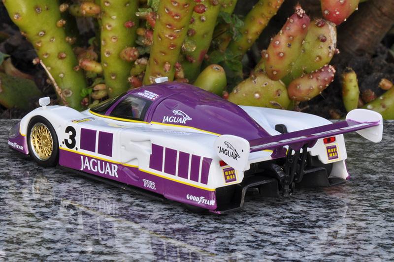 XJR-12