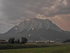 Mountain fire (Zugspitze) / Bergfeuer im Ehrwalder Talkessel