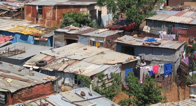 Soweto, bairro de Joanesburgo símbolo da segregação racial na África do Sul - Créditos: Wikimedia Commons