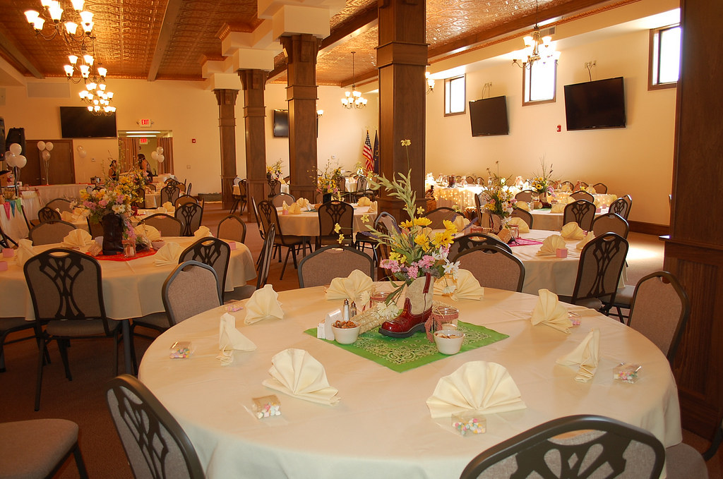 Wedding Reception with Country Decorations - Cowboy Boots Ceterpiece