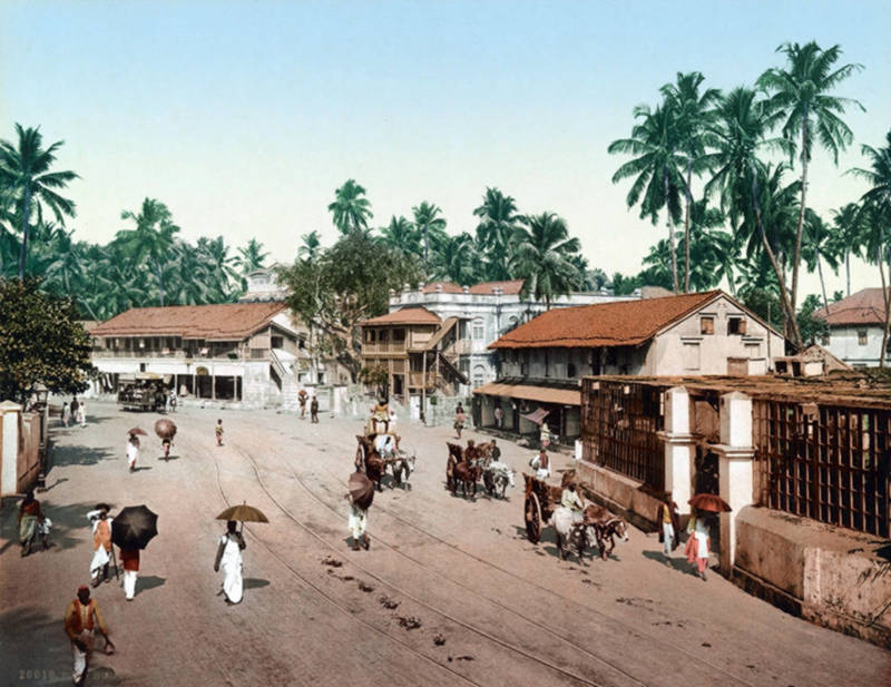 Girgaum Road, Bombay, India c.1895