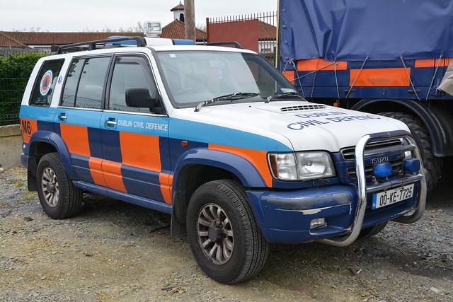 Dublin Civil Defence 2000 Isuzu Ttooper L4V 007725